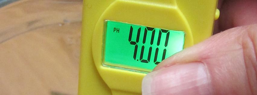 2016-02-06 calibrating the PH meter